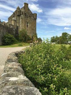 Eilean Donan Eilean Donan, Monument Valley, Scotland, Castle, Mansions, House Styles, Places, Travel, Home Decor