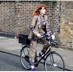 """Yes, that is Florence (of Florence and the Machine) riding her own Bobbin bicycle. I got mine (Birdie, 5spd, high gloss red) last week and am absolutely smitten. Also love the UK hubby & wife that operate this company, who """"believe that bicycles are magical contraptions"""". I feel like a kid again. Cyclenation!"""