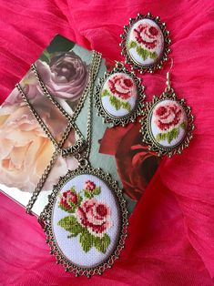 Excited to share this item from my shop: Handmade micro embroidery jewelry. - Excited to share this item from my shop: Handmade micro embroidery jewelry set Diy Jewelry Rings, Leaf Jewelry, Jewelry Crafts, Jewelry Accessories, Handmade Shop, Handmade Silver, Handmade Jewelry, Etsy Handmade, Embroidery Jewelry