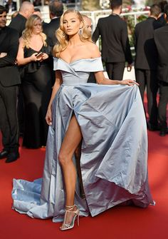 A total fave look from Cannes! Elsa Hosk, at The Beguiled premiere