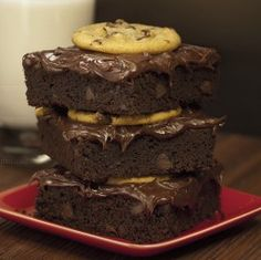 Button Brownie @ Nestle Toll House Cafe: 2470 1st Street, Suite #110  Livermore, CA 94550