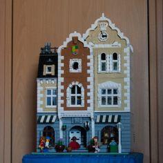 Hats & Clocks: A LEGO® creation by Andreas Grögel : MOCpages.com