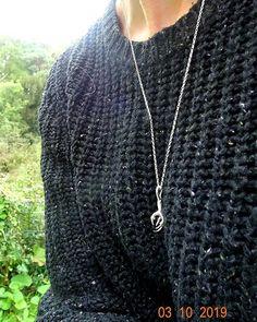 Pale Raven (@paleravenstudio) • Instagram photos and videos Owl Talons, Handmade Necklaces, Raven, Pendants, Pendant Necklace, Jewellery, Photo And Video, Videos, Silver