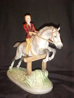 30s-Rare-STYLIZED-Art-Deco-Goldscheider-Wein-Female-Equestrian-on-Jumping-Horse