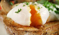 Receta de Huevos escalfados, una forma de cocinar sin grasa