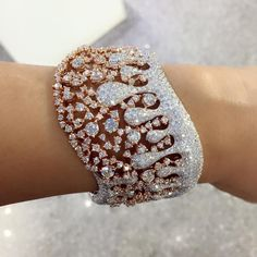 Rose@White Gold ,Diamont bracelet. More