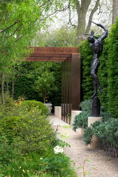 Laurent Perrier Garden at RHS Chelsea Flower Show Modern Landscape Design, Modern Landscaping, Backyard Landscaping, Modern Pergola, Metal Pergola, Landscaping Design, Metal Roof, Landscape Architecture, Vegetable Garden Design