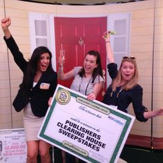 Via Danielle Lam # PCH .....Everyone who stopped by the #publishersclearinghouse booth for a chance to win cash in true PCH style