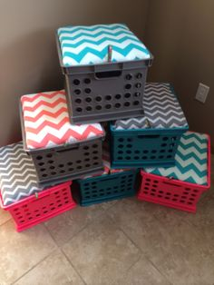 Crate seats! Teal, grey and pink chevron mix and match! Awesome storage! Reading table stools!