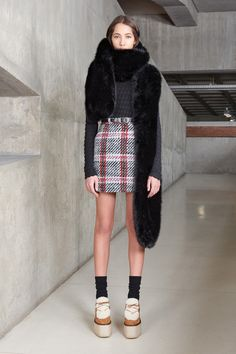 Carven Pre-Fall 2016 Fashion Show