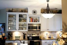 52 ideas for kitchen cabinets makeover white stove Open Cabinets, Diy Cabinets, Kitchen Cabinets, Glass Cabinets, Kitchen Cupboard, Refinished Cabinets, White Cabinets, Cupboards, Kitchen Redo