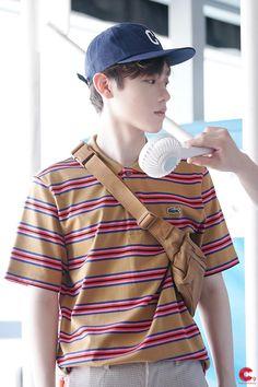 Korea, Boys, Idol, Produce 101, Fashion, Baby Boys, Moda, Fashion Styles, Senior Boys