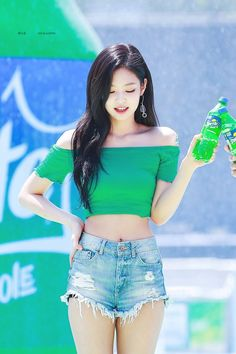 Your source of news on YG's current biggest girl group, BLACKPINK! Please do not edit or remove the logo of any fantakens posted here. Kim Jennie, Sexy Asian Girls, Beautiful Asian Girls, South Korean Girls, Korean Girl Groups, Black Pink ジス, Nurse Costume, Blackpink Photos, Blackpink Fashion