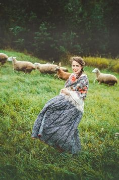 Country Living / Prairie Life / The Shepherd's Daughter Lifestyle Fotografie, Fashion Fotografie, Country Life, Country Girls, Country Living, Country Chic, Folk Fashion, Mori Girl, Poses