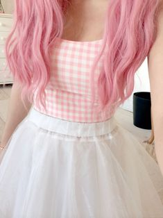 Find images and videos about hair, pink and kawaii on We Heart It - the app to get lost in what you love. Ropa Color Pastel, Style Pastel, Rose Pastel, Pastel Goth Fashion, Kawaii Fashion, Cute Fashion, Look Fashion, Fashion Hair, Lolita Fashion