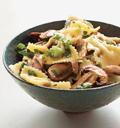 FARFALLE WITH TUNA AND ROSEMARY MUSHROOM SAUCE.   Whole what farfalle,cooked. 2 anchovies. 1 tbsp rosemary. 2 cups sliced bellas. 6 scallions. 1/2 cup white wine. 1can tuna. 2 tbsp parsley.  Saute anchovies in oil with rosemary, 2 mins. Add shrooms and scallions, cook 4-5 mins. Stir in wine, cook 1-2 mins. Stir in tuna, 1 min. Add pasta, cook 1-2 mins. Stir in parsley. Serve!
