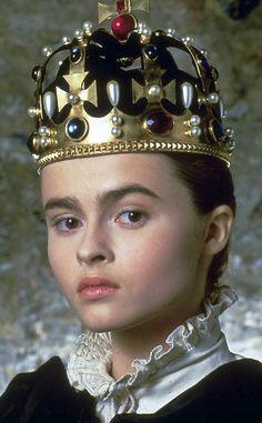 Eduardo VI muere el 6 de julio de 1553. Juana es proclamada reina el día 10. Ahora Frances al fin veía su sueño hecho realidad al convertirse en la madre de la reina