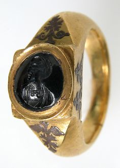 Gold with Niello and Sapphire Intaglio Finger Ring, 5th–6th century