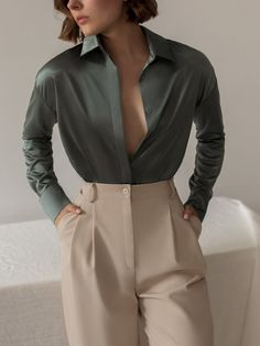 Glamouröse Outfits, Cute Casual Outfits, Stylish Outfits, Fashion Outfits, Fashion Clothes, Bluse Outfit, Suits For Women, Clothes For Women, Mode Ootd