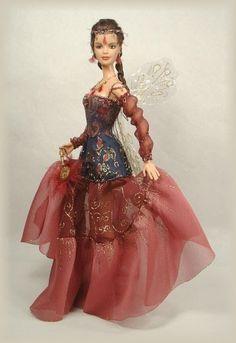 CRAWFORD MANOR Dolls