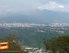 Es que se queda uno simplemente sin palabras para describir lo hermosa que es nuestra Bucaramanga. Gracias Victor Hugo Perico (https://www.facebook.com/victorhugo.pericojerena) por esta panorámica de nuestra ciudad.