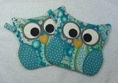 Designer Owl Pot Holder Hot Pad Set of 2 matching by OwlTakeThat