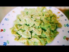 La salsa al basilico si prepara in meno di 15 minuti e avete un primo piatto dai tanti benefici, veloce e buonissimo. Ecco la nostra ricetta della salsa... Sprouts, Zucchini, Vegetables, Geek, Youtube, Sicilian, Rome, Kitchens, Vegetable Recipes