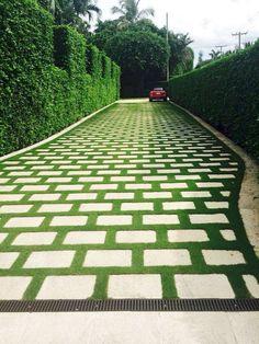 60 Awesome Garden Path and Walkway Ideas design ideas and remodel . - 60 Awesome Garden Path and Walkway Ideas design ideas and remodel … # awesome i - Amazing Gardens, Beautiful Gardens, Outdoor Walkway, Walkway Ideas, Path Ideas, Walkway Designs, Concrete Paver Patio, Concrete Garden, Cement Pavers