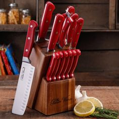 Pioneer Woman Cowboy Rustic Red Cutlery Set 14 Piece Block For Easy Storage New Pioneer Woman Dishes, Pioneer Woman Kitchen, Pioneer Women, Red Kitchen Decor, Kitchen Stuff, Kitchen Cook, Kitchen Items, Kitchen Gadgets, Lemon Kitchen