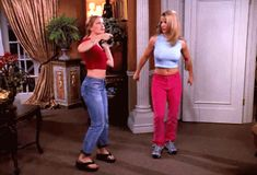 Britney Spears And Melissa Joan Hart Reunited And Made Our Dreams Come True Again Melissa Joan Hart, Witch Fashion, 90s Fashion, Fashion Outfits, Britney Spears, Buzzfeed, Witch Gif, Sabrina Spellman, Teen Movies