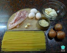 Espaguetis a la carbonara - Fácil Pasta A La Carbonara, Salsa Carbonara, Ravioli, Italian Recipes, Healthy Life, Salmon, Recipies, Spaghetti, Food And Drink