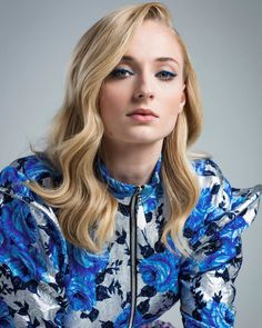 """thronescastdaily: """"Sophie Turner Photographed by Elisabeth Caren for TheWrap's 2019 Emmy Contenders """" Sophie Turner, Juliane Koepcke, Nathalie Emmanuel, The New Mutants, Sansa Stark, Maisie Williams, English Actresses, Jean Grey, The Girl Who"""