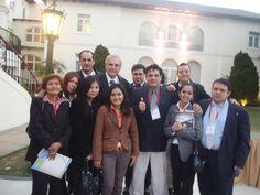 Con el líder de Perú Posible y parlamentario, Javier Reategui Roselló, y su comitiva en la Cumbre de Ex-Presidentes en el Country Club de San Isidro. (2011)