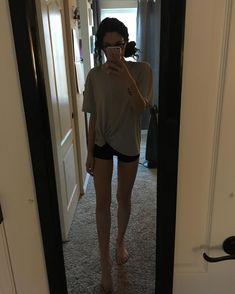 My eyesights gotten worse so I find myself needing my glasses in my classes now/ Skinny Inspiration, Body Inspiration, Fitness Inspiration, Skinny Love, Skinny Girls, Skinny Fashion, Summer Body, Girl Body, Thinspiration
