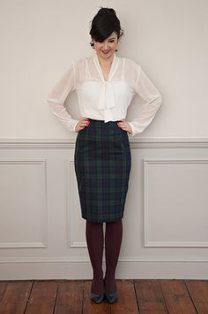 Aflattering high-waisted pencil skirt with a kick pleat at the back, shelooks fab with our Pussy Bow Blouse or our Silk Cami or any shirt or jumper neatly tuc