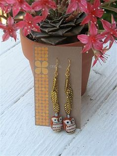 super cute owl earrings