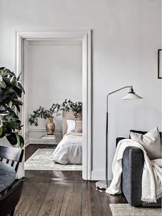 Living Room Trends, Living Room Colors, Simple Living Room, Home Living Room, Small Living, Hemnes, Bedroom Organization Diy, Ikea, Bedroom Decor