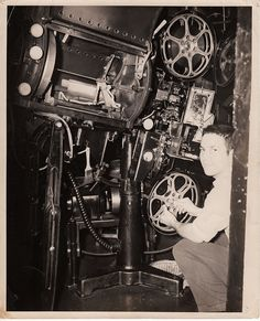 All sizes | Photo 8x10: Projection booth, Simplex projector with Western Electric D-Spec soundhead and Peerless Mangarc Lamp | Flickr - Phot...