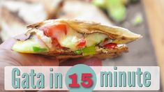 RAPIDA SI GUSTOASA! Quesadilla cu sunca si legume - plus un sos rapid de... Quesadilla, Baked Potato, Tacos, Baking, Ethnic Recipes, Food, Youtube, Mexican, Bakken
