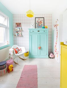 Una habitación de color para Lola.