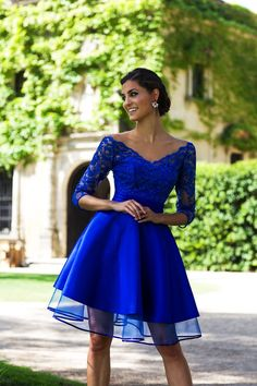 Cute Prom Dresses, 2019 A Line Homecoming Dresses V Neck Length Sleeves With Applique Tulle & Satin, Shop plus size prom dresses and full figured formal gowns with an affordable price. Plus Size Prom Dresses, Junior Bridesmaid Dresses, Cheap Prom Dresses, Homecoming Dresses, Girls Dresses, Flower Girl Dresses, Tulle, Robes D'occasion, Trendy Outfits