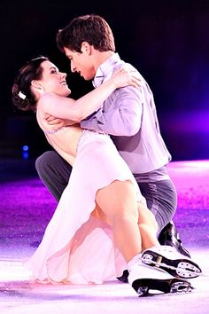 At the 2010 Winter Olympics in Vancouver, Canadian ice dancers Tessa Virtue and Scott Moir thrilled the crowd with their gold medal winning performance.
