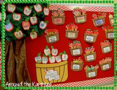 It's Apple Pickin' Time! A bushel of collective nouns.: It's Apple Pickin' Time! A bushel of collective nouns. Apple Classroom, Classroom Bulletin Boards, Classroom Decor, Classroom Resources, Classroom Design, Preschool Bulletin, Preschool Crafts, Preschool Apples, Toddler Crafts
