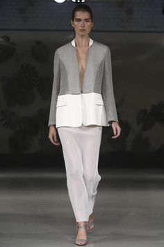 #BarbaraCasasola Ready To Wear Spring Summer 2015 London @CasasolaStudio #LFW http://shishangzazhi.wordpress.com/2014/09/13/london-fashion-week-2-day/