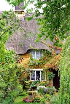 Cottage Garden... - ✳ #Home #Landscape #Design via Christina Khandan, Irvine California ༺ ℭƘ ༻ IrvineHomeBlog