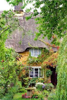 Cottage Garden... - ✳ #Home #Landscape #Design via Christina Khandan, Irvine California ༺ ℭƘ ༻ IrvineHomeBlog