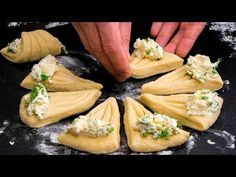 Feta, Spanakopita, Antipasto, Camembert Cheese, Cake Recipes, Biscuits, Cooking Recipes, Sweets, Bread