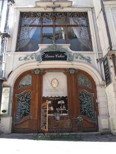 Built 1902 by Ferdinand Marrou. В 1902 году Фердинанд Марру. Travel Around The World, Around The Worlds, Queens Food, Lots Of Windows, Art Nouveau Architecture, Rouen, My Dream Home, Facade, Gazebo