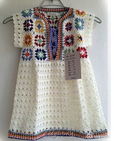 """Туника из мотивов бабушкин квадрат """"Traditional crochet blankets often feature a pattern called the Granny Square. This pattern actually dates back to the"""