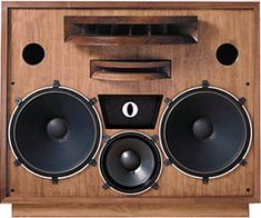 Reminds me a little of Altec-Lansing back in the day. Tower Speakers, Best Speakers, Audio Design, Speaker Design, Hifi Audio, Stereo Speakers, Altec Lansing, Audio Studio, Speakers